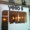 Enseigne Yello's avec lettres découpées PVC retro éclairées par LED blanches.