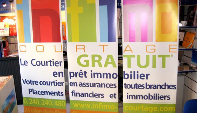 Kak�mono/Roll-up r�alis� � Nantes, PLV id�ale pour un salon ou une publicit� int�rieure. SIGNARAMA Nantes