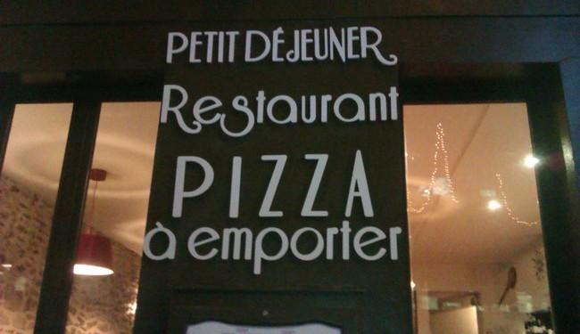 Lettres decoupees en PVC Signarama Issy les Moulineaux